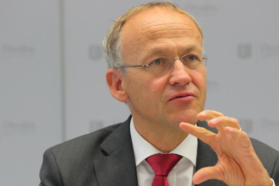 Konnte sich mit dem Wunsch nach Kurzarbeit nicht durchsetzen: Finanzbürgermeister Peter Lames (55, SPD).