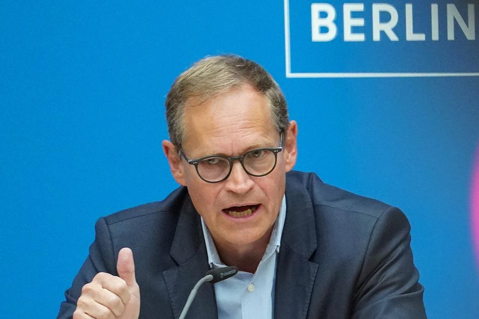 Michael Müller (SPD), Regierender Bürgermeister, spricht bei einer Pressekonferenz nach der Sitzung des Berliner Senats.