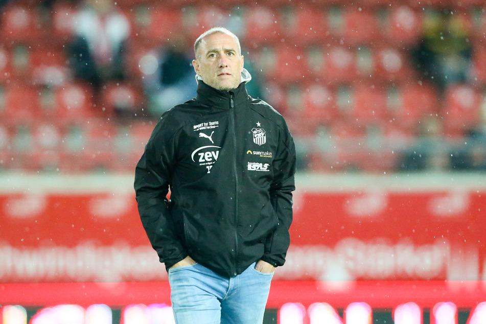 FSV-Coach Joe Enochs fordert von seiner Mannschaft, dass die auch ohne Fans im Stadion eine Topleistung abliefert.