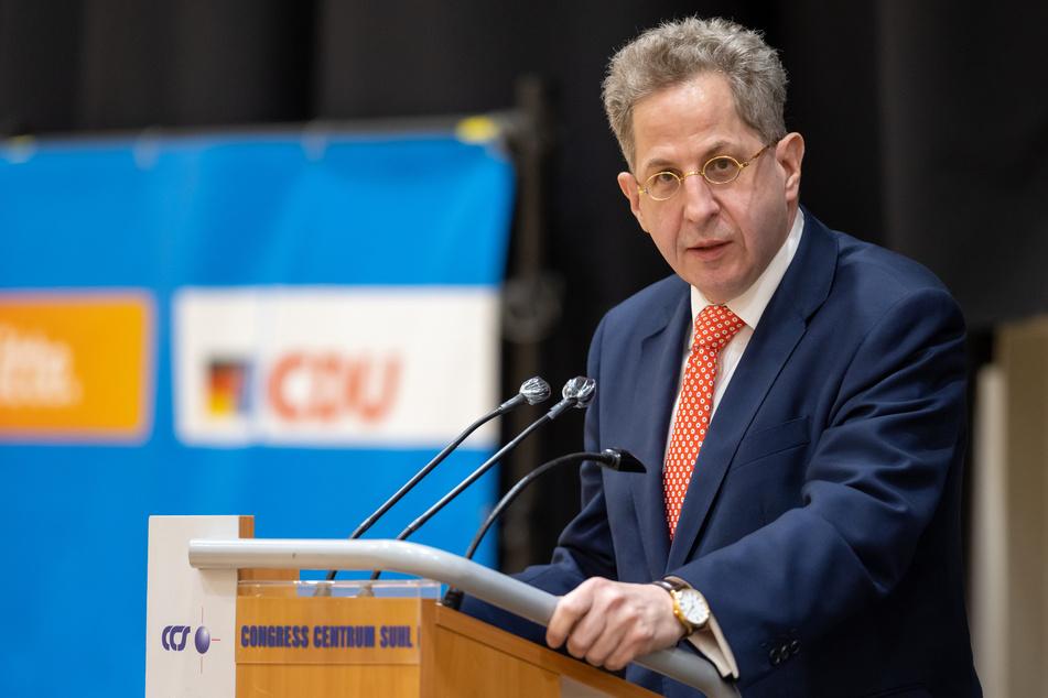 CDU-Bundestagskandidat Hans-Georg Maaßen (58) hat sich zu den umstrittenen Aussagen seines Parteikollegen geäußert.