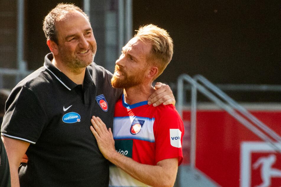 FCH-Coach Frank Schmidt (47, l.) arbeitete 13 (!) Jahre lang vertrauensvoll mit seinem Kapitän Marc Schnatterer (35) zusammen. Im Sommer trennen sich die Wege nun aber.
