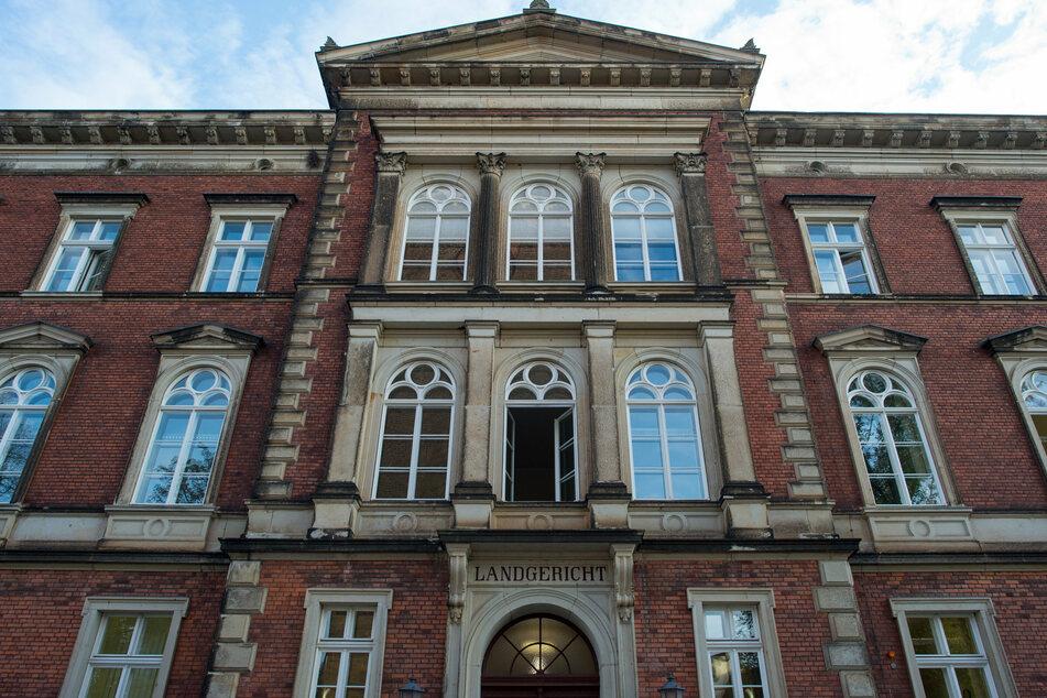 Das Landgericht Cottbuss blieb unter der Forderung der Staatsanwaltschaft, die 14 Jahre wegen Totschlags gefordert hatte. (Archivbild)