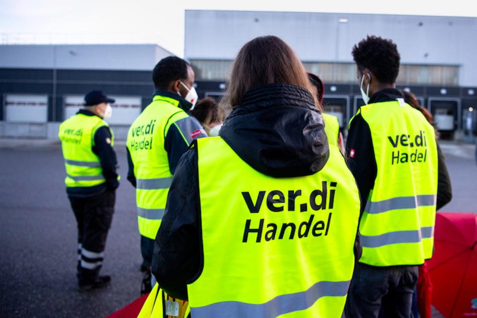 Warnstreiks bei Rewe und Edeka: In Bayerns Supermärkten steht alles still