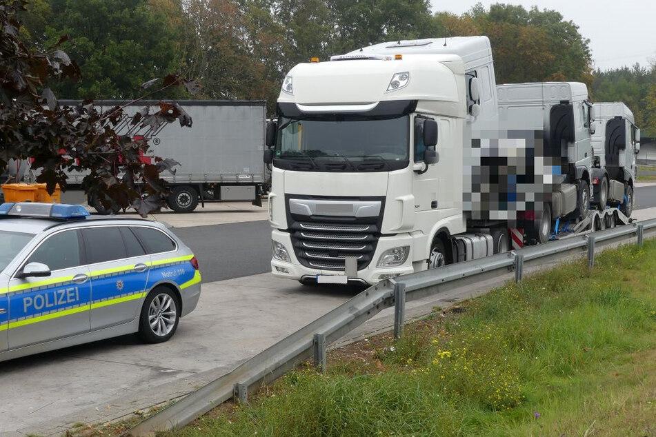 Polizei stoppt Lkw auf A7 und verhindert Verkehrs-Drama in letztem Moment