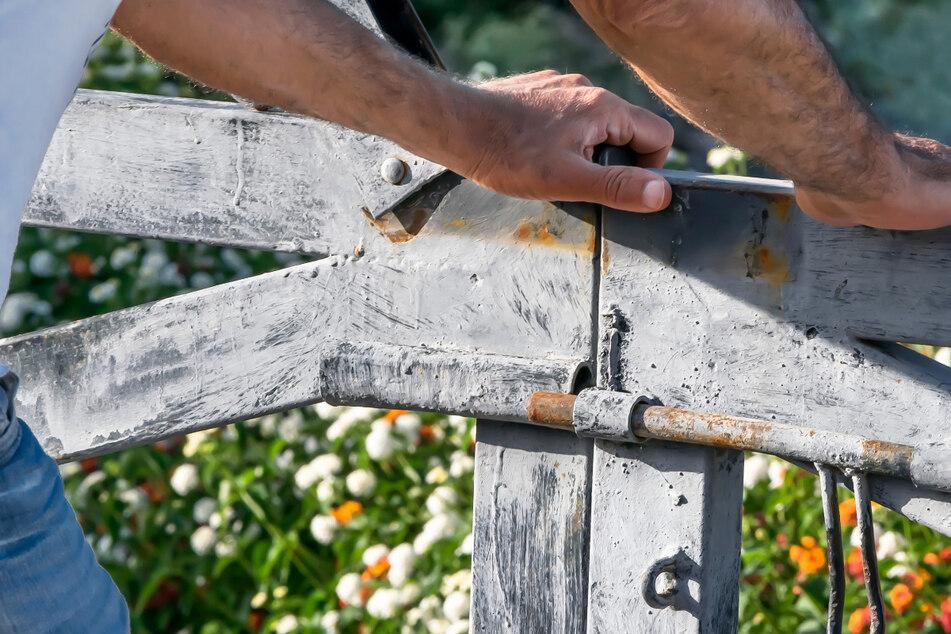 Eine Gartentür wurde in Schwaben zum Wurfgeschoss. (Symbolbild)