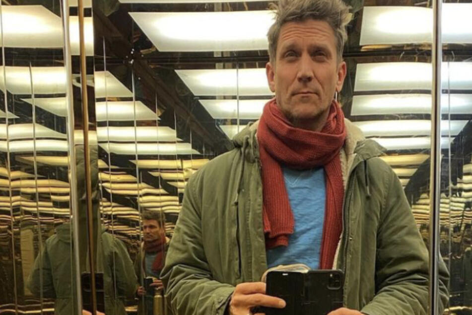 """""""Willst du mich umbringen"""": Dieses Fahrstuhl-Selfie brachte Peer Kusmagk mächtig Ärger ein"""