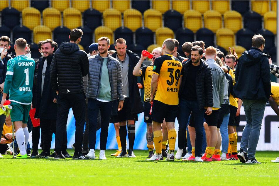 Nach dem Sieg gegen Köln wurde der Zusammenhalt innerhalb der Dynamo-Mannschaft einmal mehr deutlich.
