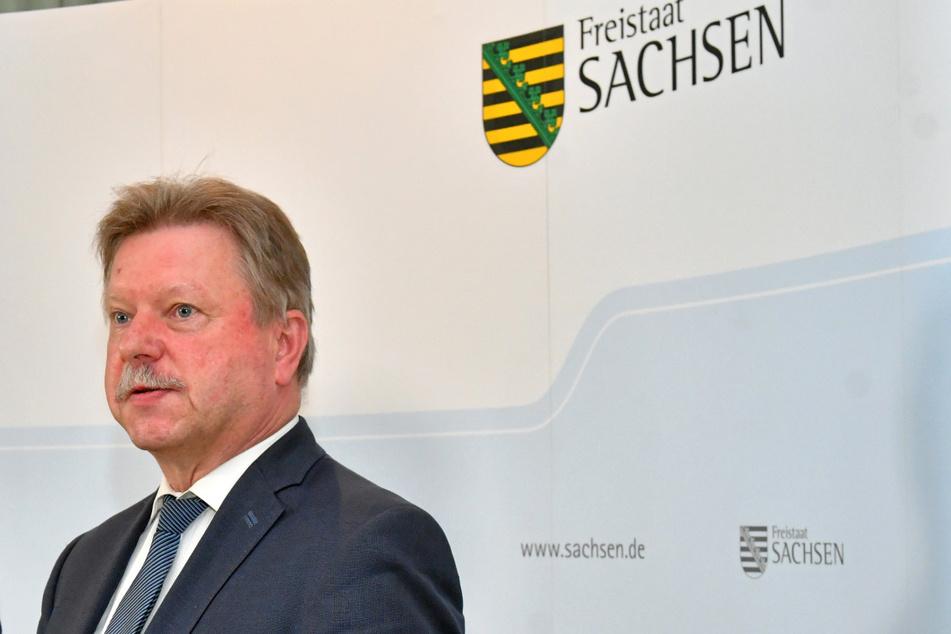 """Bert Wendsche, Präsident des Sächsischen Städte- und Gemeindetages, wünscht sich bei der Bewältigung von Herausforderungen mehr Verantwortung statt """"goldener Zügel""""."""