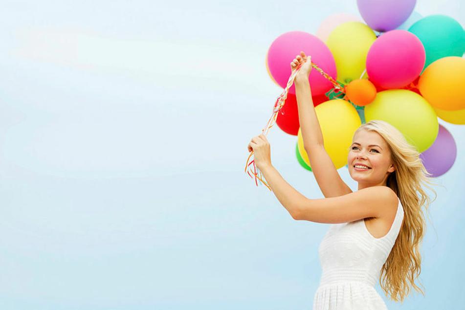 Mit Luftballons ins Erwachsenenleben - am Wochenende beginnt in Sachsen die Jugendweihe-Saison mit landesweit rund 200 Feiern.