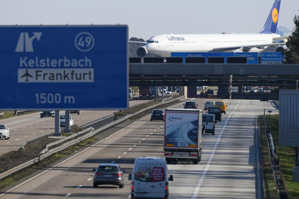 Coronakrise macht Landebahn zum Flieger-Parkplatz