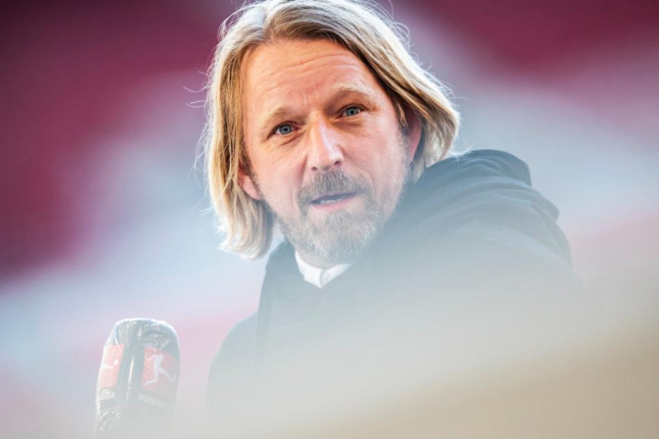 VfB-Sportdirektor Sven Mislintat (48) vertraut voll und ganz auf seine Youngster.