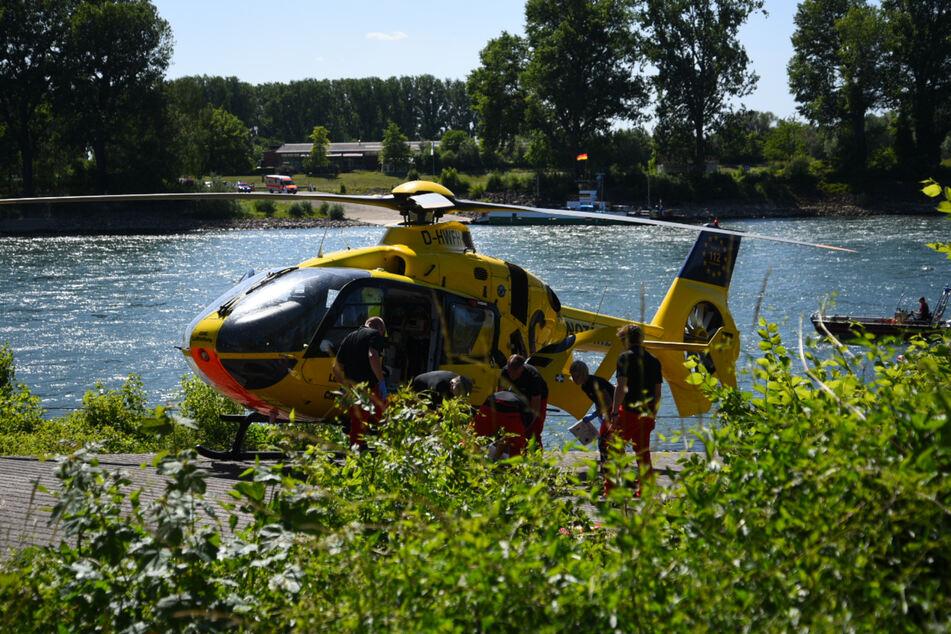 Sportboot rast auf dem Rhein in Schlauchboot: Ein Mensch stirbt