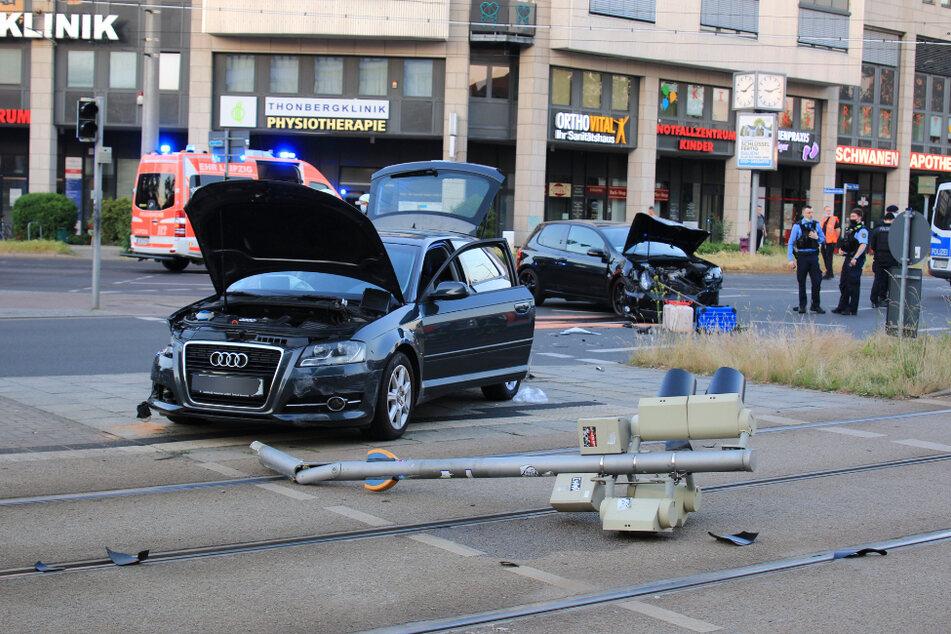 Im Leipziger Osten kam es am Freitagabend zu einem Zusammenstoß zwischen zwei Autos.