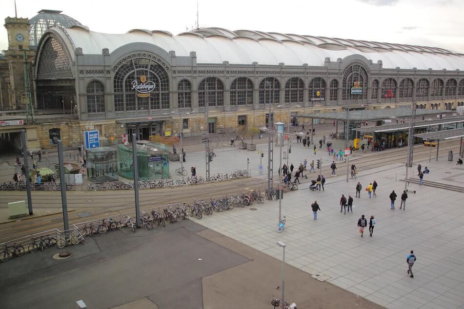 Im Haltestellenbereich des Wiener Platzes direkt nördlich vom Dresdner Hauptbahnhof hat die sexuelle Belästigung begonnen.