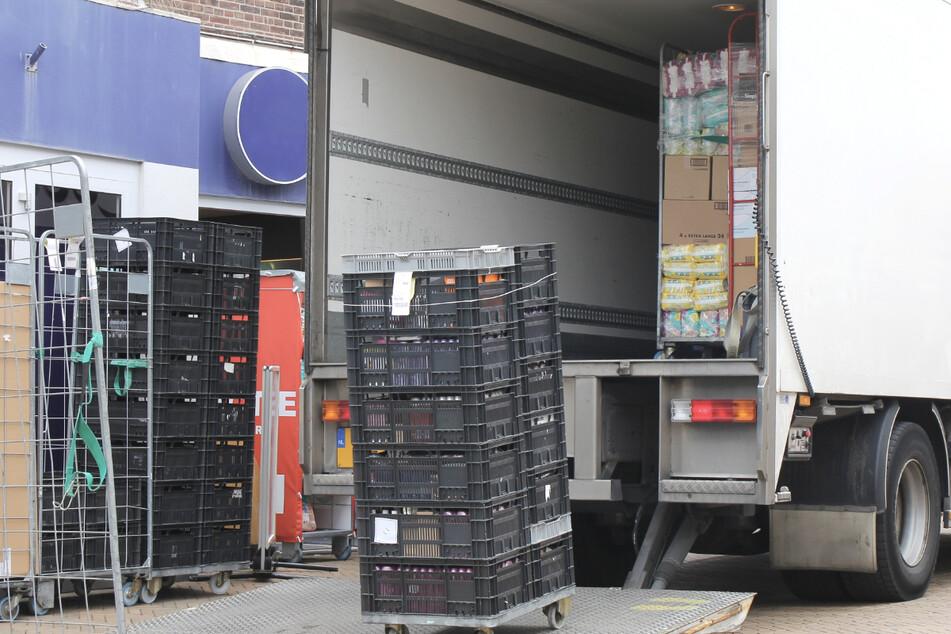 Klopfgeräusche aus Lastwagen: Polizei befreit sechs Jugendliche
