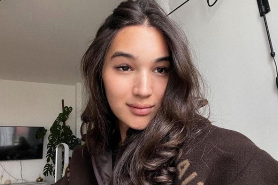 Für die 23-jährige Kölnerin bedeutet der Mega-Deal einen Meilenstein in ihrer noch jungen Model-Karriere.