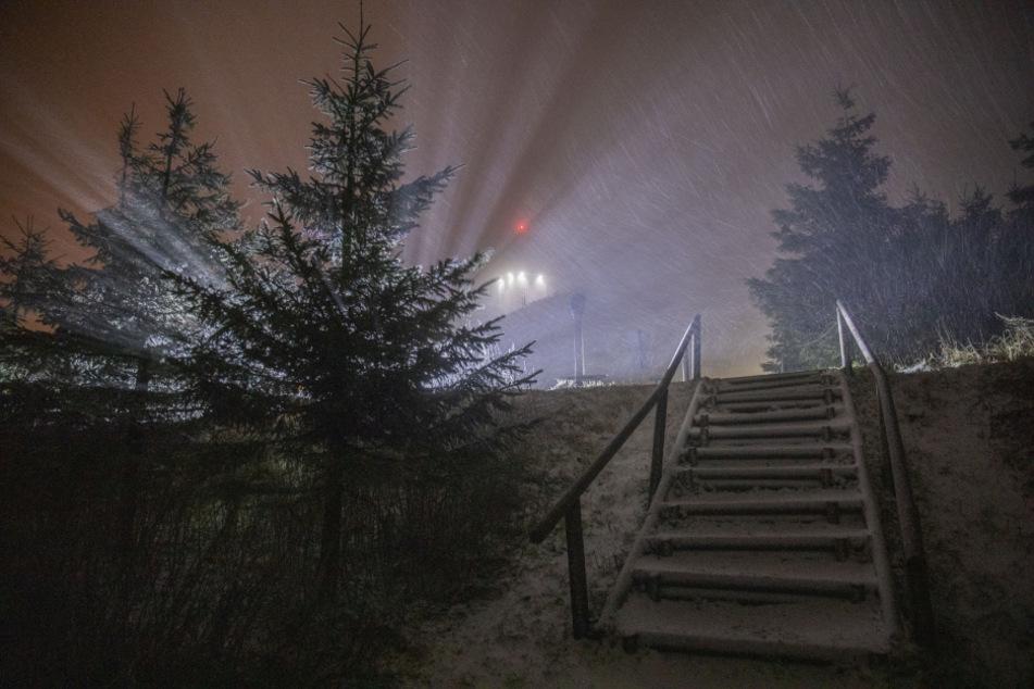 Tief Eta deckte den Fichtelberg in eine weiße Schneeschicht ein.