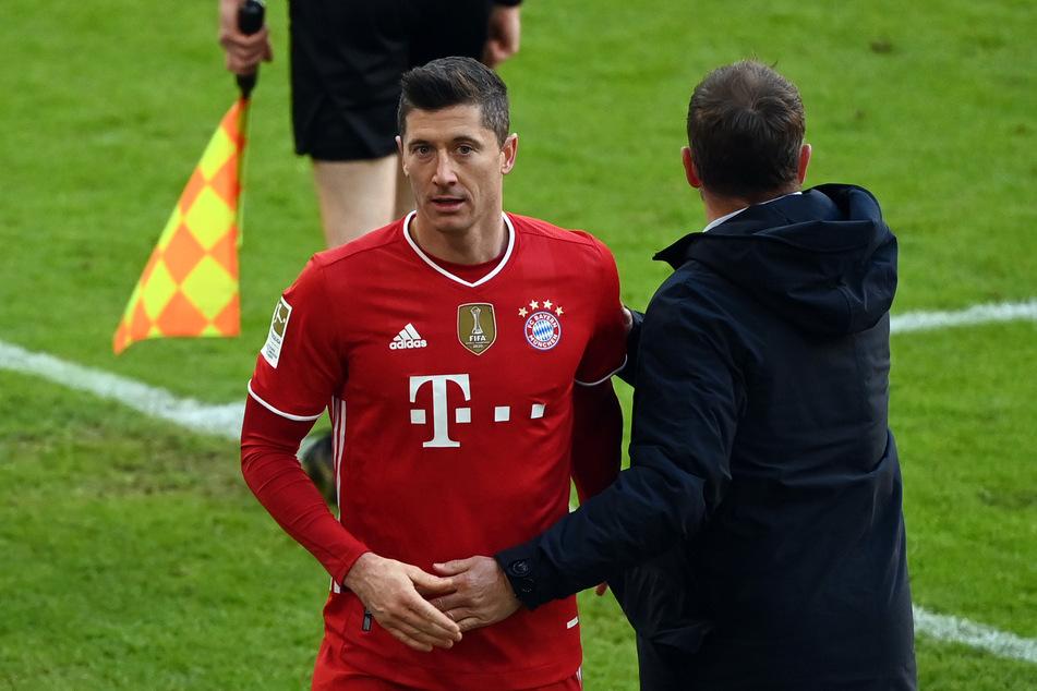 Robert Lewandowski (32) ist in der Offensive des FC Bayern nicht wegzudenken. Fällt er nun gegen den SC Freiburg erneut aus?