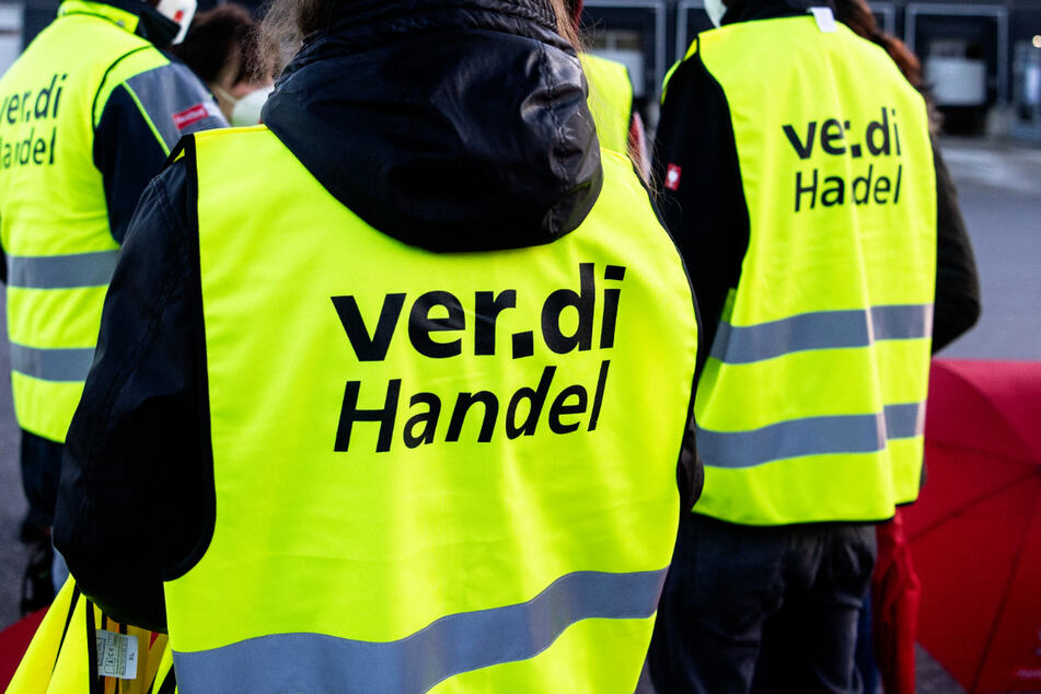Beschäftigte des Hamburger Einzelhandels zu Warnstreik aufgerufen