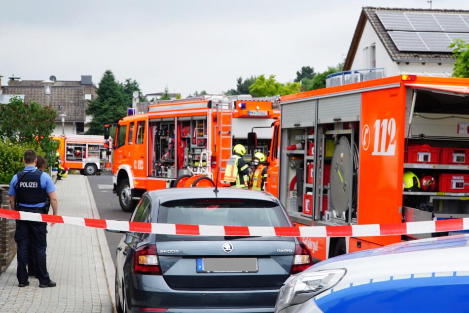 Zahlreiche Einsatzkräfte waren wegen des rätselhaften Vorfalls vor Ort.