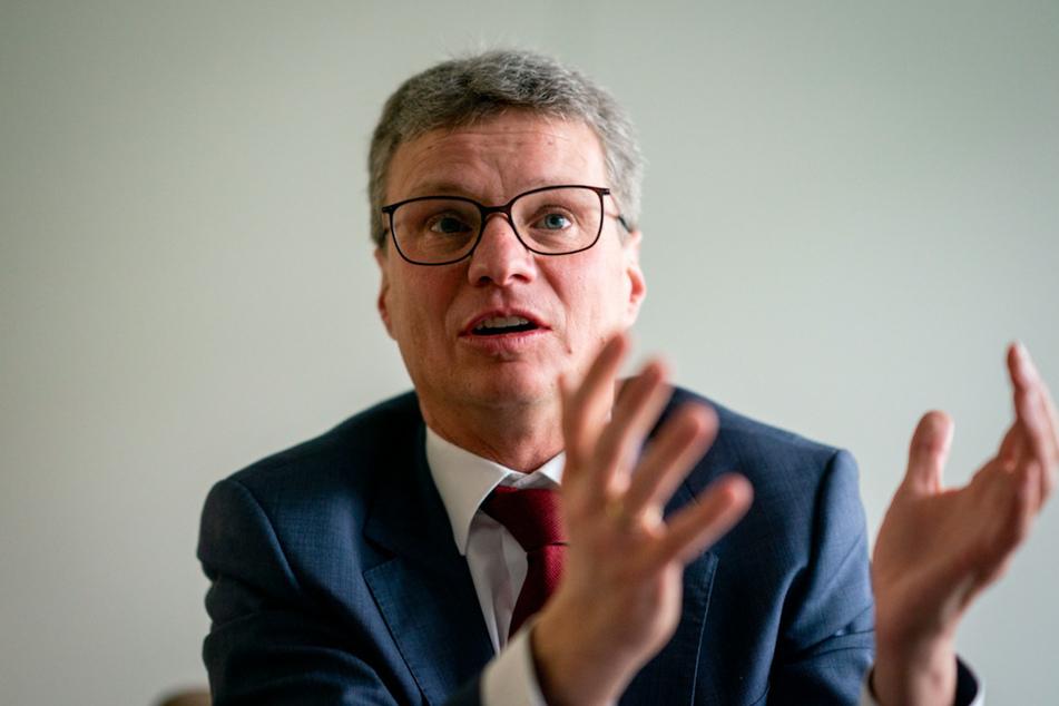 Für Kulturminister Bernd Sibler (49, CSU) sind die neuen Lockerungen ein gutes Zeichen.