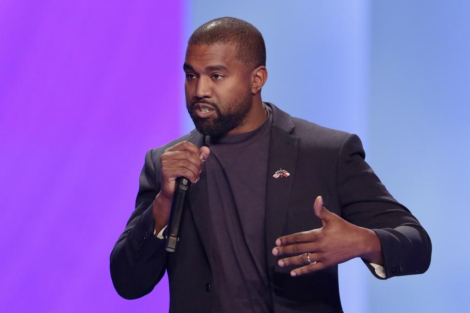 Rapper Kanye West zeigt sich im Zuge der Tötung des Afroamerikaners George Floyd spendabel.