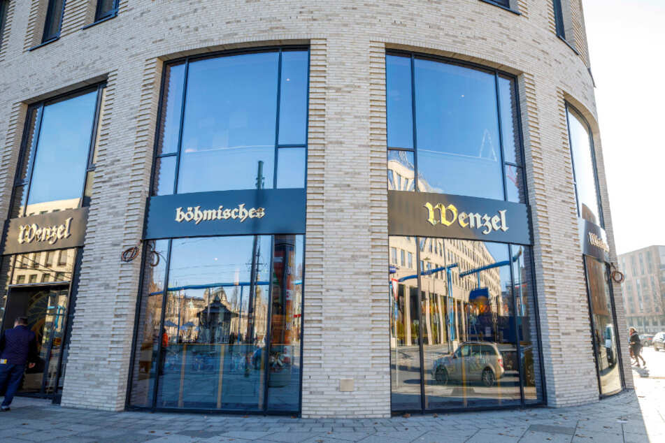 Das Wenzel am Dresdner Postplatz. Recht schnell nach Neueröffnung kam es dann bereits zum ersten Einbruch.
