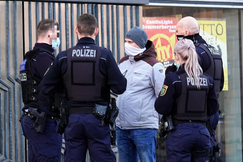 Zuletzt fiel Robert Andres (31, Pro Chemnitz) in der Stadtratssitzung negativ auf, weil er nicht konsequent Maske tragen wollte.