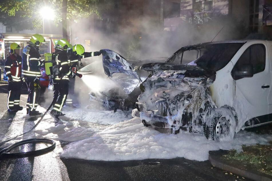 Chemnitz: War es Brandstiftung? Wieder zwei Autos in Chemnitz ausgebrannt