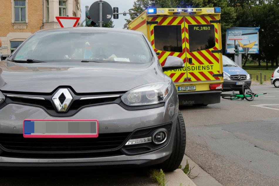 Chemnitz: Radfahrer von Auto erfasst und schwer verletzt