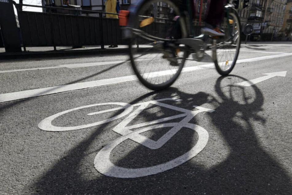 Leipzig: Nach ersten Maßnahmen: Stadt prüft separaten Radstreifen auf Teil des Promenadenrings