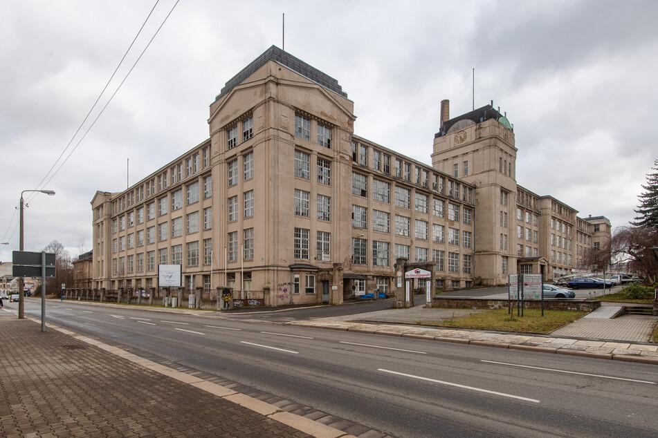 Im Schönauer Werk wurden in den 50er-Jahren Büromaschinen, Flugzeugmotoren und Hydraulikpumpen produziert.