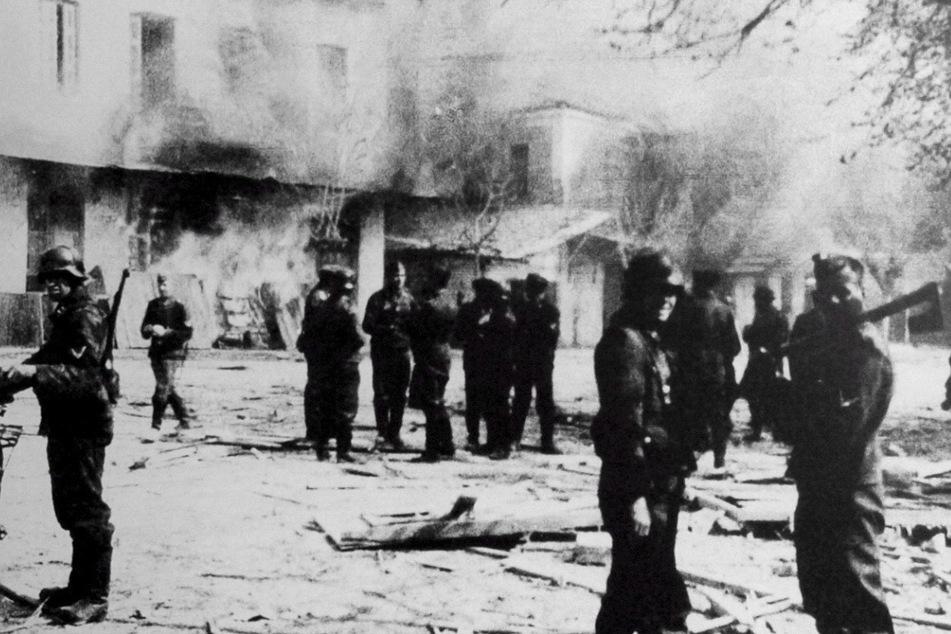 Griechenland besteht darauf: Deutschland soll für Nazi-Krieg zahlen!