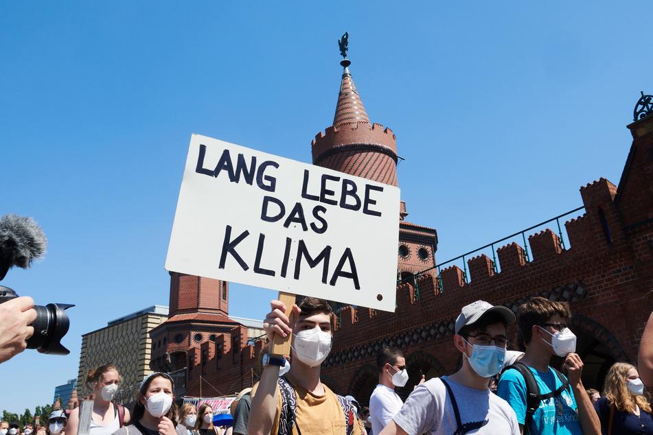 Hunderte protestierten in Kreuzberg.