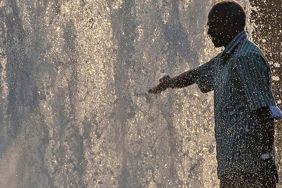 Ächzen und Schwitzen in Berlin und Brandenburg! Hitze-Keule schlägt weiter gnadenlos zu