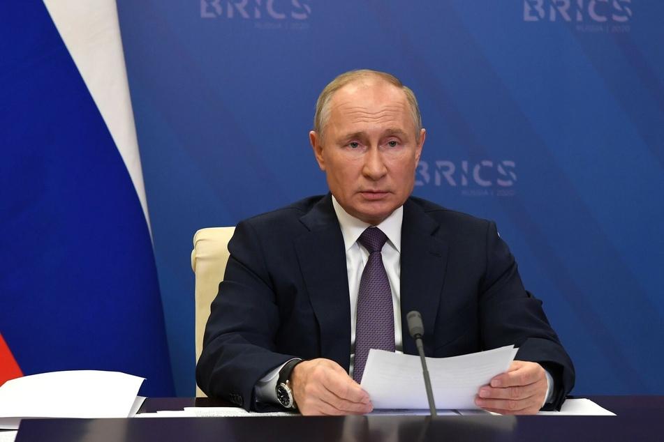 Der russische Präsident Wladimir Putin zeigt sich wegen der steigenden Todeszahlen in Russland besorgt.