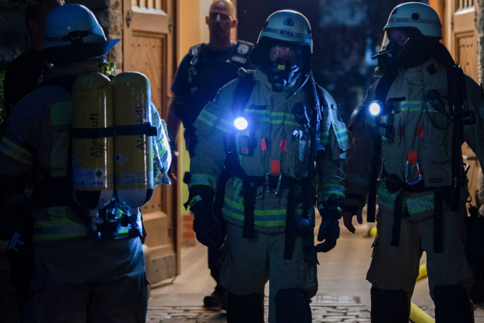 München: Dramatischer Brand in Altersheim in München: Frau stirbt in Flammen