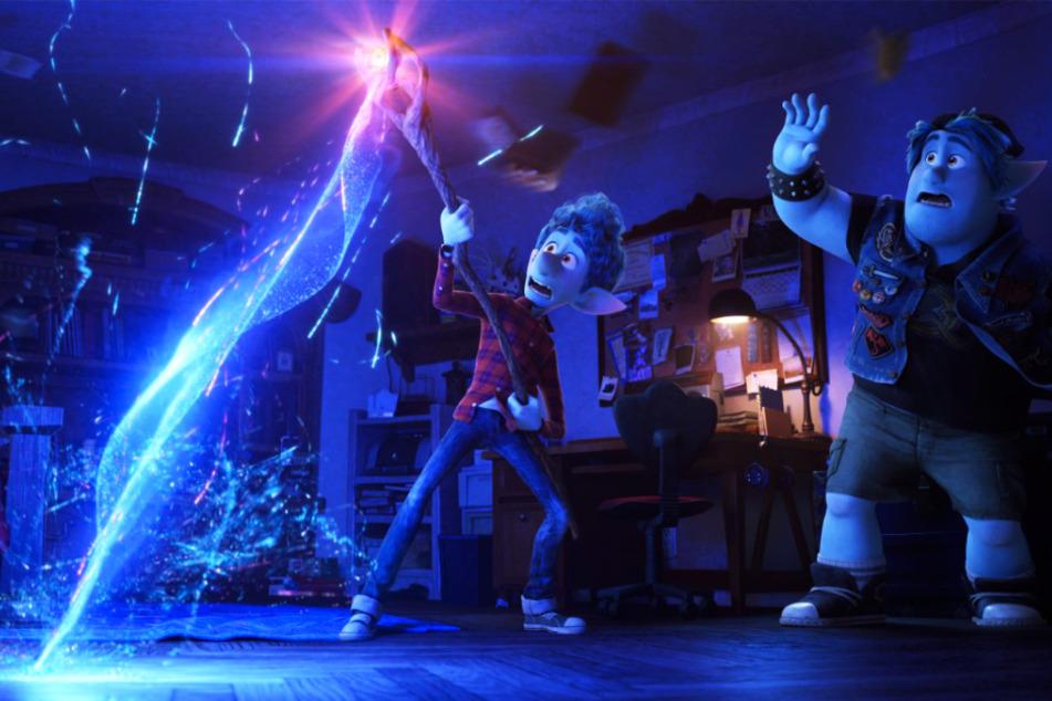"""Magisch! Ian Lightfoot (l.) und sein älterer Bruder Barley durchleben in """"Onward"""" ein packendes Abenteuer."""