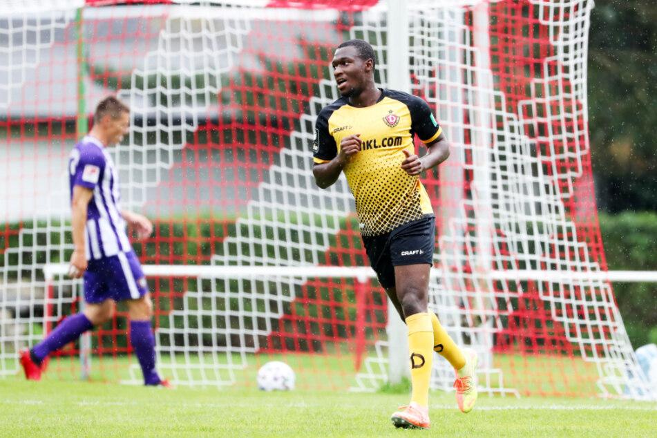 Agyemang Diawusie schoss Dynamo Dresden mit seinem goldenen Tor zum 1:0-Testspielsieg gegen den FC Erzgebirge Aue.