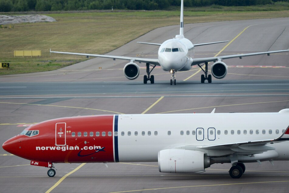 """Ein Flugzeug der norwegischen Billigfluggesellschaft """"Norwegian""""."""