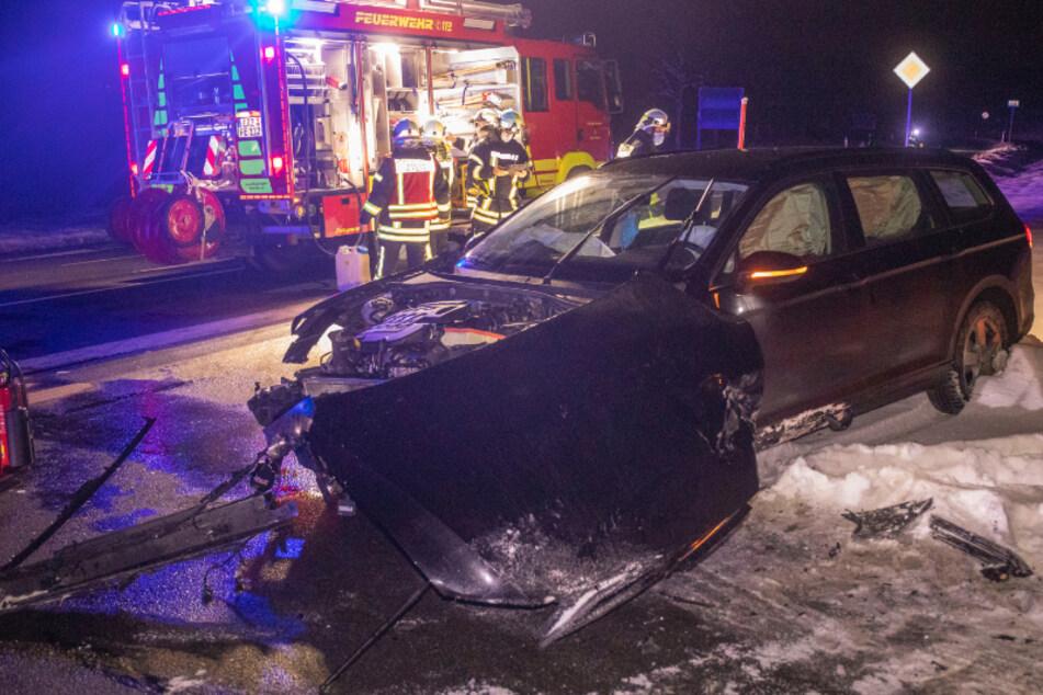 Vorfahrtsfehler? Kreuzungs-Crash im Erzgebirge