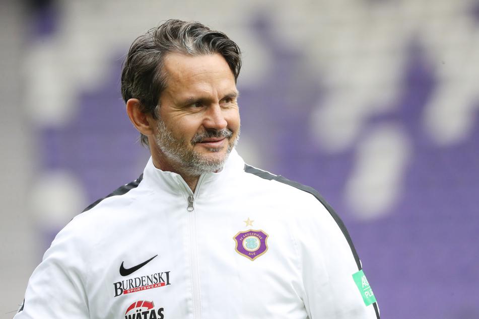 Aues Trainer Dirk Schuster (wird morgen 53) blickt auf das zu Ende gehende Jahr insgesamt zufrieden zurück.