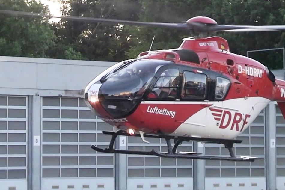 Ein Rettungshubschrauber brachte das schwer verletzte Kleinkind (3) auf schnellstem Weg in ein Krankenhaus.
