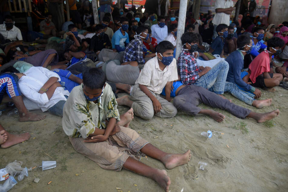 Lhokseumawe: Members of the Rohingya are resting after arriving in Aceh province by boat.