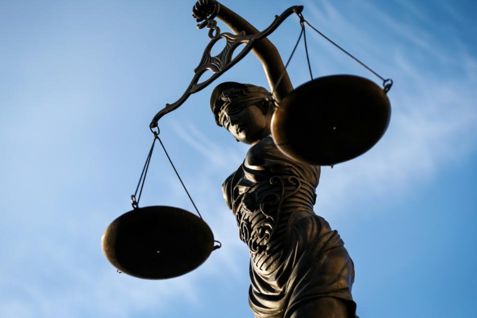 Das Gericht entschied sich für eine Bewährungsstrafe.