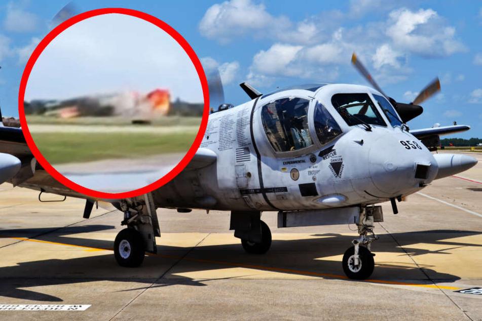 Maschine stürzt bei Proben zu Flugshow ab: Pilot sofort tot
