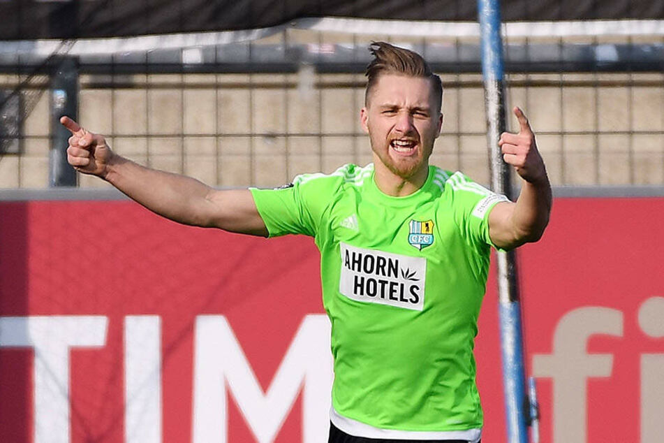 Björn Jopek jubelt! Nach mehr als 21 Monaten gelang ihm endlich wieder ein Treffer.