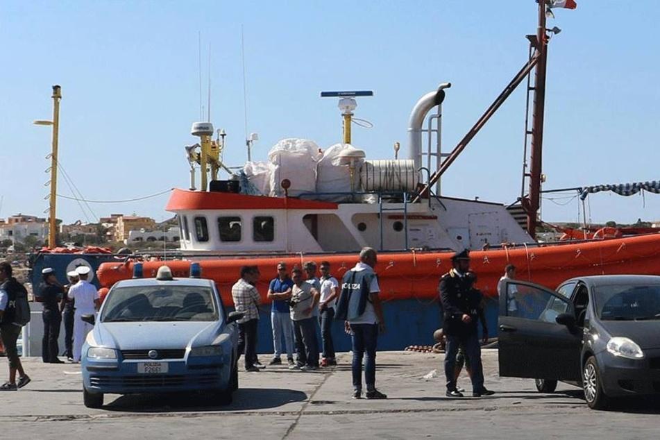 Der Hafen von Lampedusa: Hier kommen immer noch tausende Flüchtlinge an.