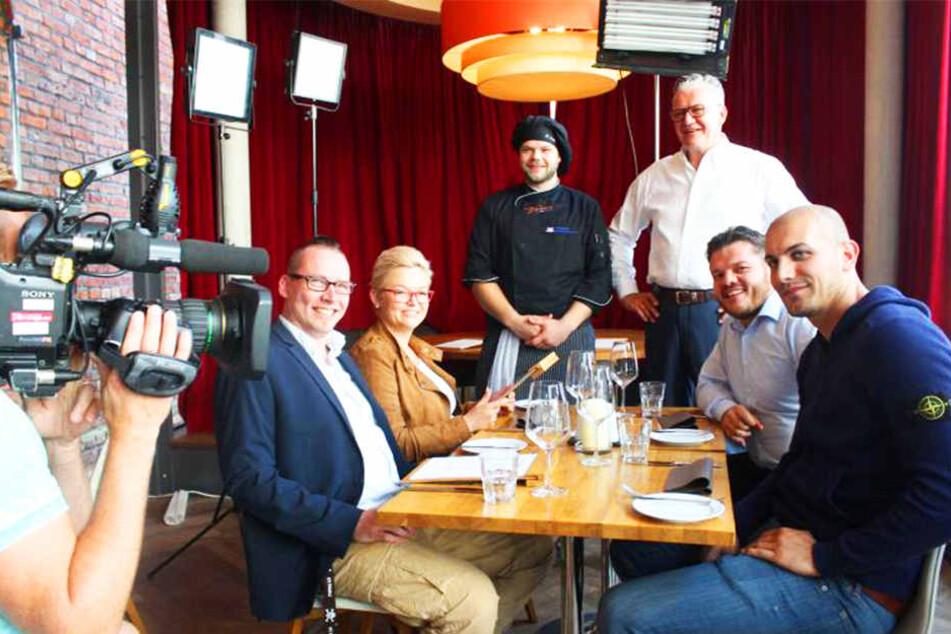 Diese fünf Gastronomen kämpften diese Woche um 3000 Euro (von links): Tim Skilewski, Monika Hagemann, Holger Fenke und Ralf Schubert sowie Abram Adrian und Gewinner Kasra Abrar.