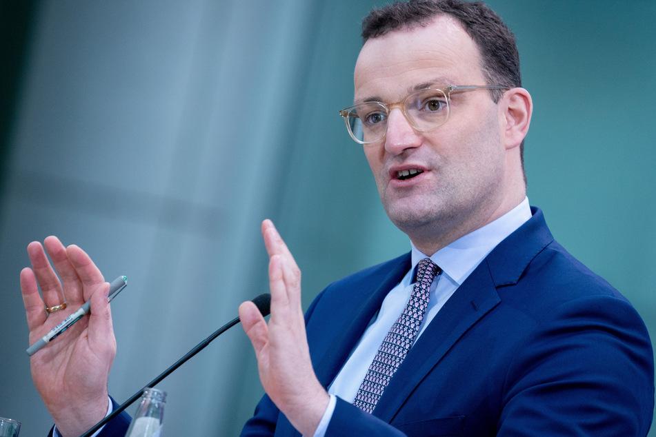 Bundesgesundheitsminister Jens Spahn (40, CDU) hat einer Impfpflicht im Kampf gegen die Corona-Pandemie erneut eine Absage erteilt.